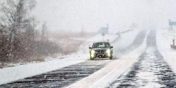 Що треба знати, щоб уникнути аварій на дорозі взимку