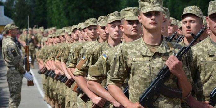 Військовослужбовців в Україні будуть годувати по-новому