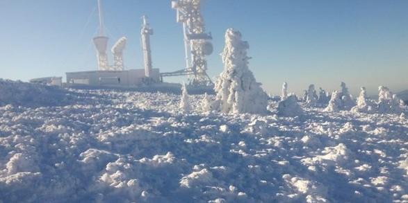 У Карпатах випало вже пів метра снігу