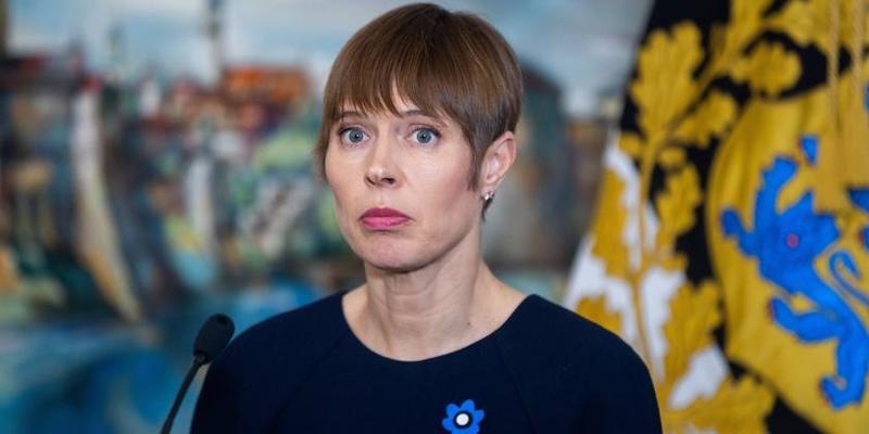 Президент Естонії відхилила подарунок Росії – пляшку кримського шампанського