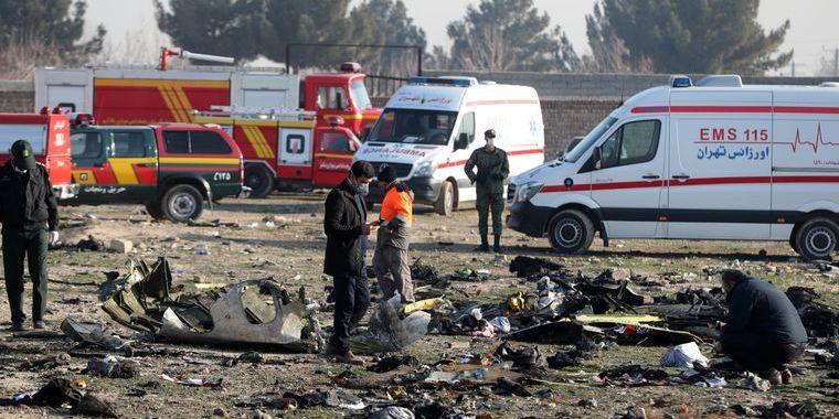 Іранські слідчі: Літак МАУ загорівся ще в повітрі, «чорні скриньки» пошкоджені