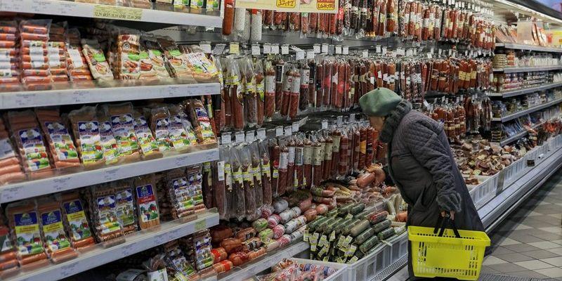 Споживча інфляція в Україні знижується