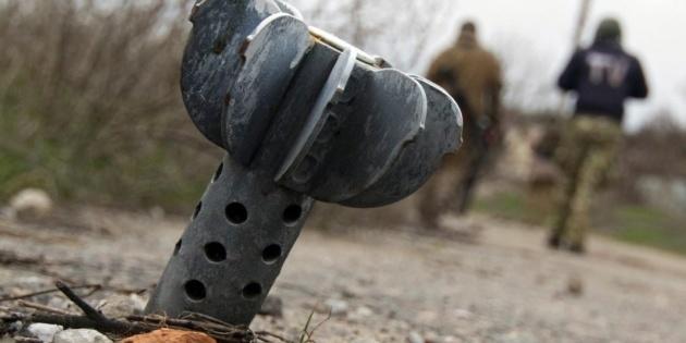 На Донбасі по Новотошківському та Оріховому випустили 26 мін