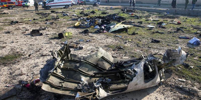 В РНБО розповіли, коли з Ірану повернеться борт Міноборони