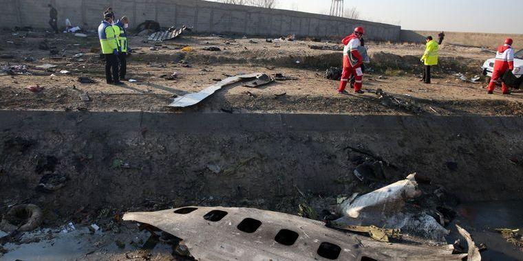Збиття літака МАУ: рятувальники показали роботи на місці трагедії
