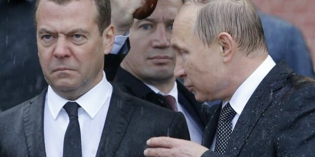 Кабмін Росії пішов у відставку відразу після послання Путіна