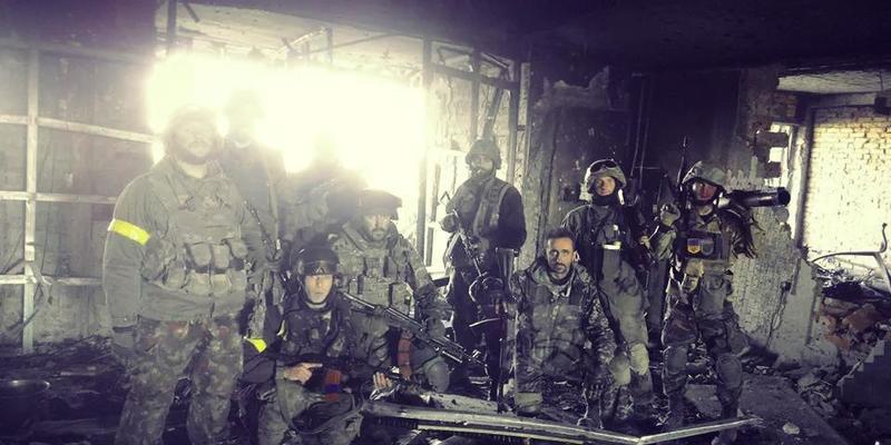День кіборгів: сьогодні Україна вшановує захисників Донецького аеропорту