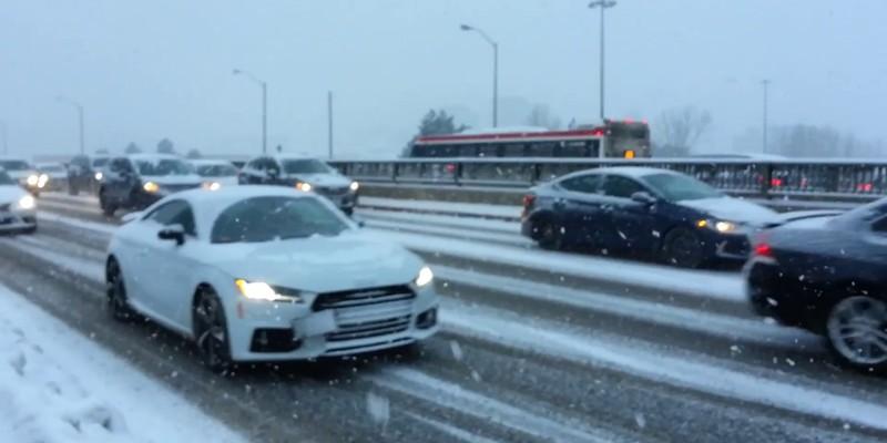 У Канаді оголосили надзвичайну ситуацію через найбільший за 20 років снігопад