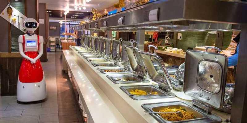 У Китаї відкрився повністю роботизований ресторан