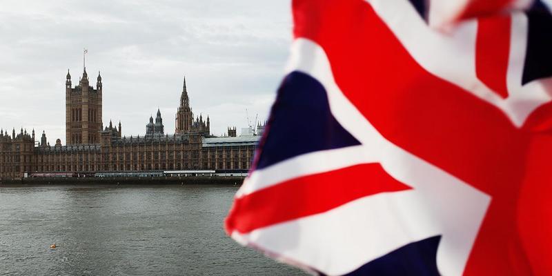 Вихід Британії з ЄС: парламент остаточно схвалив угоду про Brexit