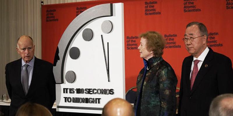 Годинник Судного дня зупинили за 100 секунд до апокаліпсису: що це означає