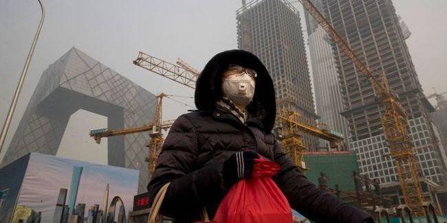 У Китаї стався перший випадок смерті лікаря від коронавірусу