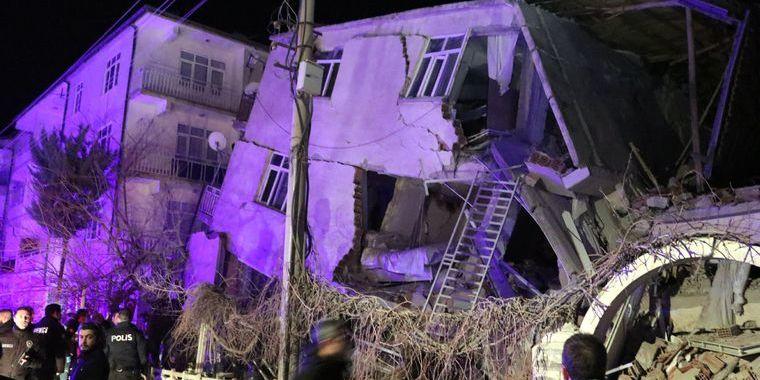 Землетрус в Туреччині: вже 38 загиблих