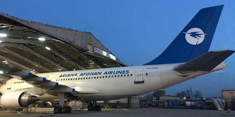В Афганістані впав літак з 83 людьми на борту