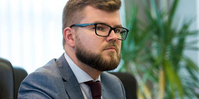 Наглядова рада «Укрзалізниці» погодила заяву про звільнення глави компанії з посади, в планах Кравцова - робота в Мінінфраструктури - джерело