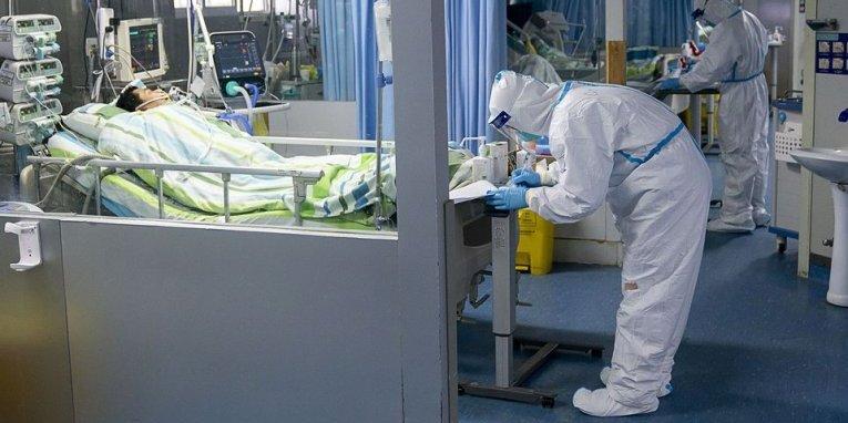 Вилікувані від китайського коронавірусу пацієнти можуть захворіти вдруге, - експерт