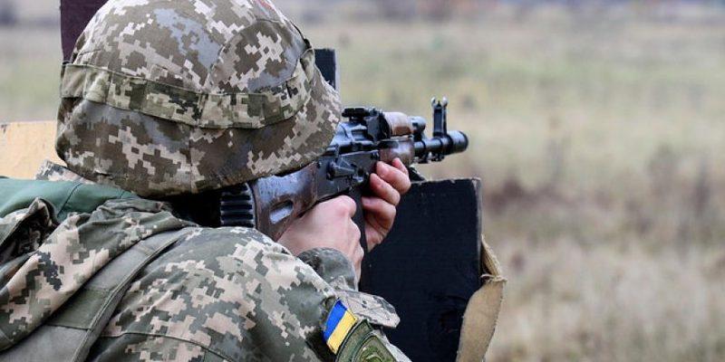 У січні на Донбасі знищено 27 бойовиків – розвідка
