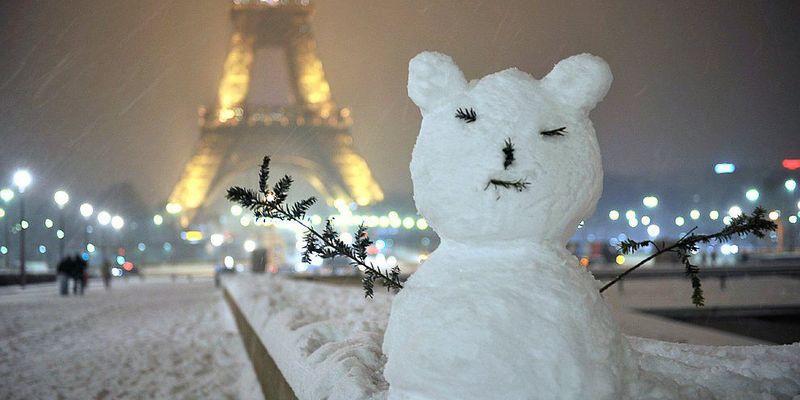 Готелі Парижа зазнають мільйонних збитків через відсутність китайських туристів