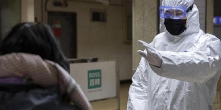На заблокованому в Японії круїзному лайнері виявили 10 випадків зараження коронавірусом