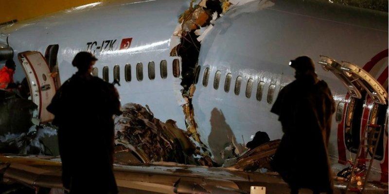 Жорстка посадка літака в Стамбулі: кількість жертв зросла
