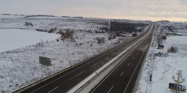 В Одеській області тимчасово перекрили автошляхи через негоду