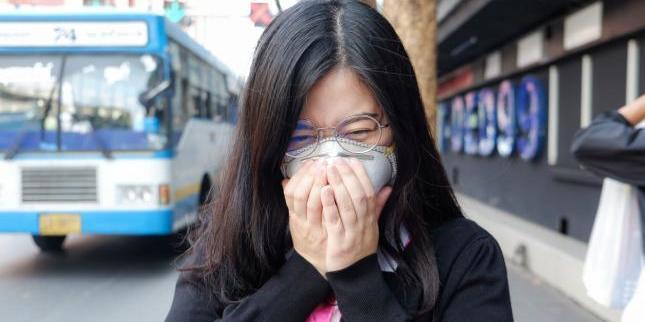 Від китайського коронавірусу померли понад 1300 людей, майже 7 тисячам вдалося одужати