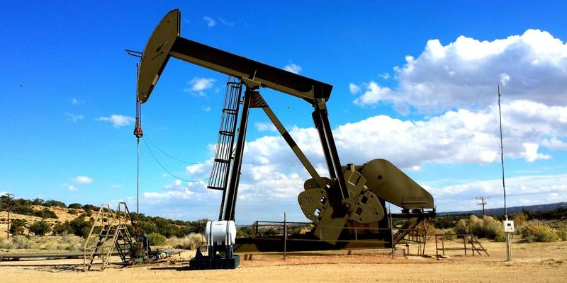 Ціна на нафту WTI рекордно знизилася: які можуть бути наслідки