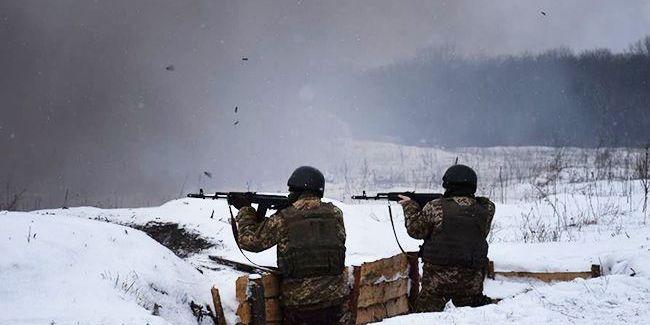 Доба на Донбасі: 13 обстрілів, один військовий поранений