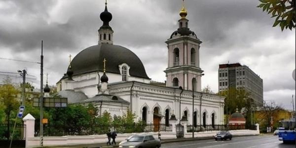У знаменитому храмі Москви влаштували різанину: фото нападника і подробиці
