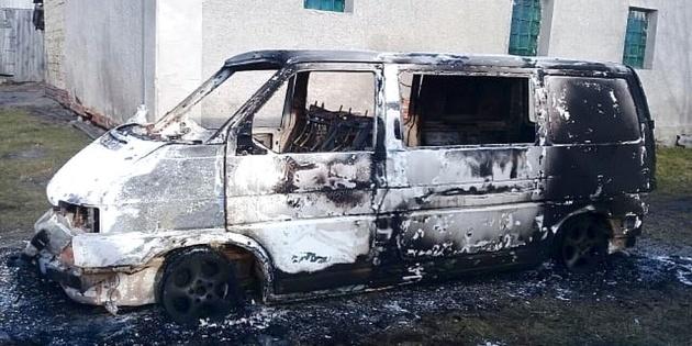 На Волині священнику ПЦУ спалили автомобіль