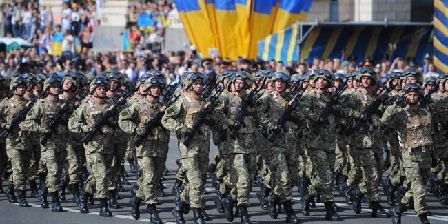 У Міноборони запевнили, що військове вітання «Слава Україні!» скасовувати не будуть