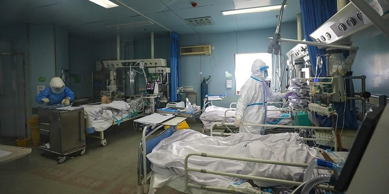 Коронавірус убив головного лікаря госпіталя в Ухані