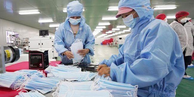 В Китаї від коронавірусу за добу померли майже 100 осіб