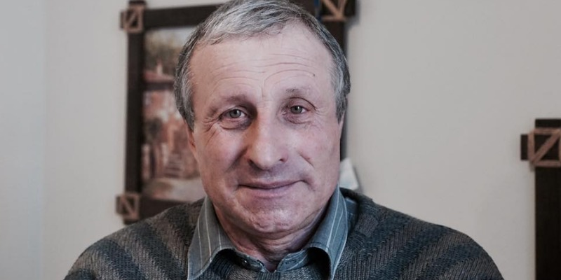 Засуджений в Криму український журналіст Семена повертається до Києва