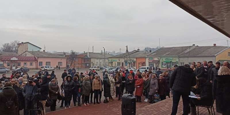 На Тернопільщині люди не хочуть пускати евакуйованих з Китаю