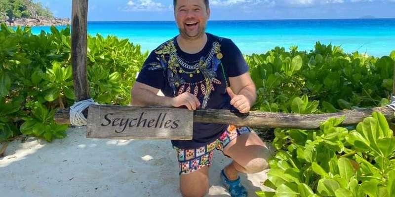 Екс-глава Офісу президента опублікував черговий пост з видами на Сейшелах