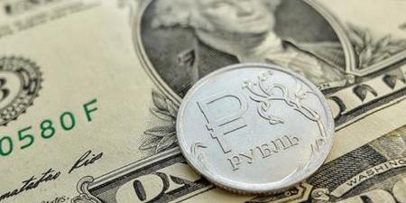 У Росії через коронавірус впав курс рубля