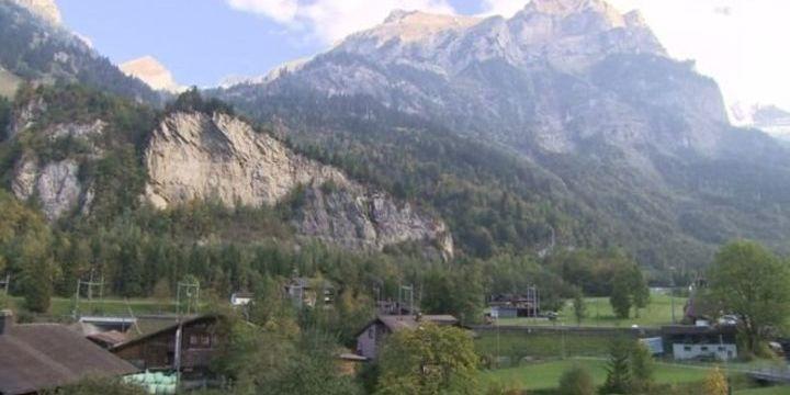 Евакуація на 10 років: у Швейцарії виселять ціле село