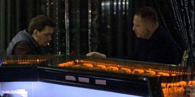 Гончарук зустрівся з Єрмаком у ресторані в Києві: фото, відео