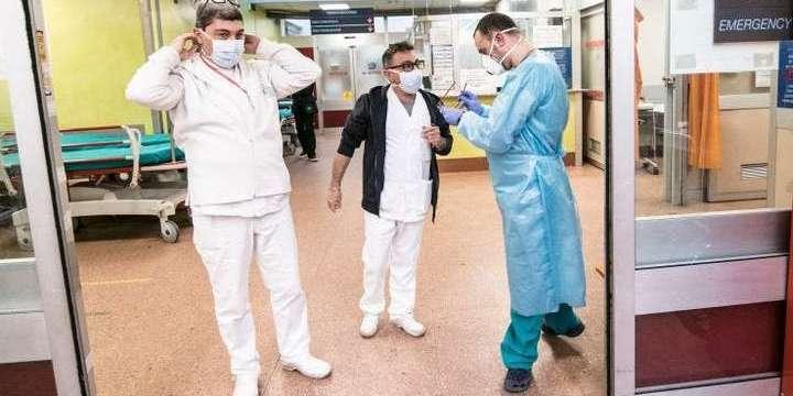 В Італії за добу виявили 587 нових хворих COVID-19