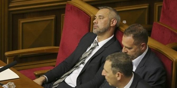 У Раді профільний комітет схвалив відставку Рябошапки