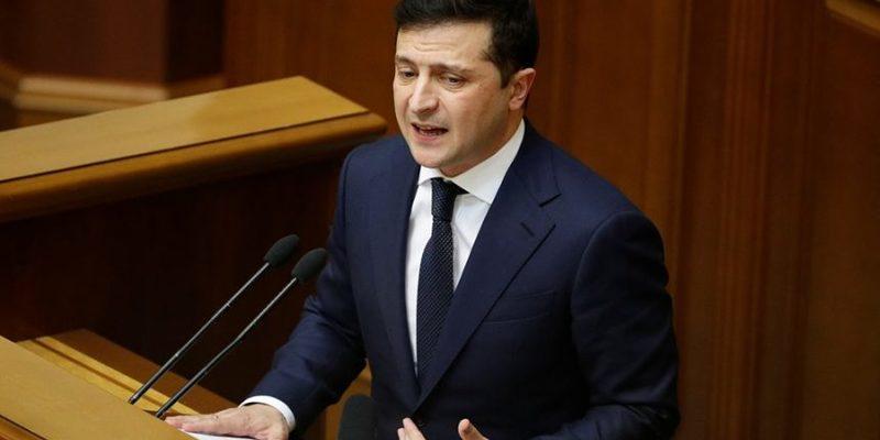 «Економіка брала розгін, але спіткнулась»: Зеленський назвав причини відставки Кабміну