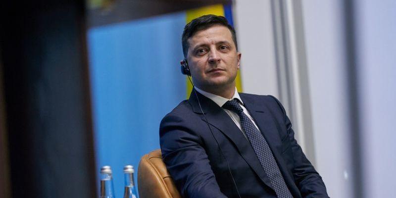 Зеленський пожартував, що вішати олігархів не можна оскільки в Україні діє демократія