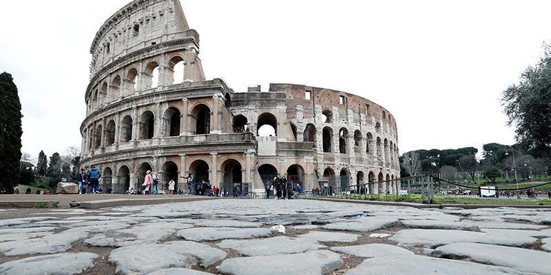 Штрафи за прогулянки та бари до 6-ї вечора, - українки про карантин в Італії