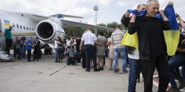 ТКГ в Мінську домовилася про обмін полоненими і розведення сил на Донбасі