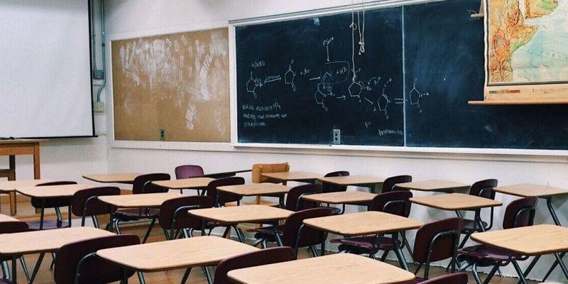 Школи України змінять навчальний процес через карантин: у Раді розкрили деталі