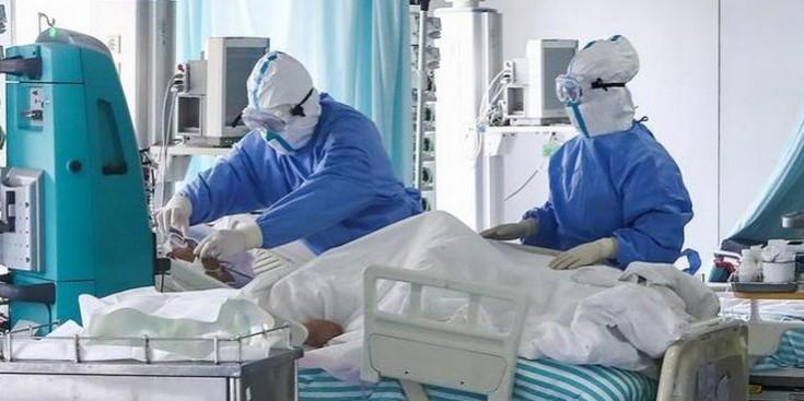 Коронавірус в Італїї. Як «лікарі в окопах» борються зі смертельним захворюванням