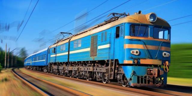 Україна тимчасово зупиняє залізничне сполучення з іншими країнами: перелік скасованих поїздів