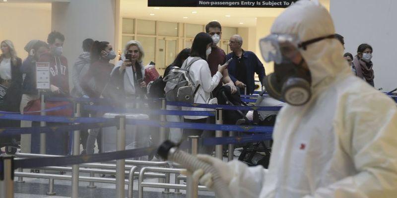 До України з Шарм-ель-Шейха повернулися 1,5 тисячі громадян України - МЗС