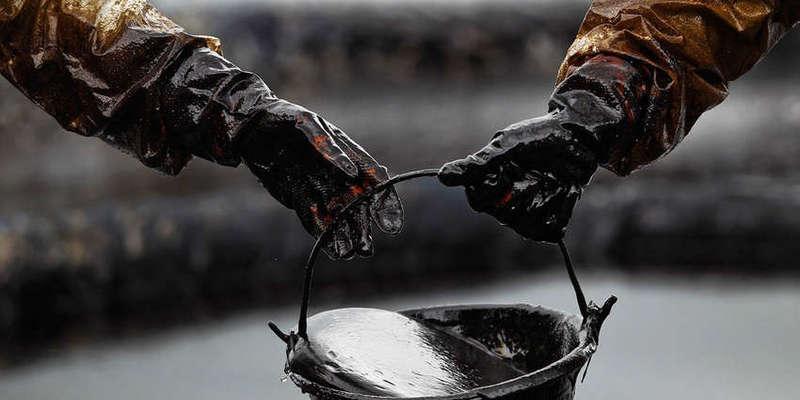Ціни на нафту досягли 18-річного мінімуму